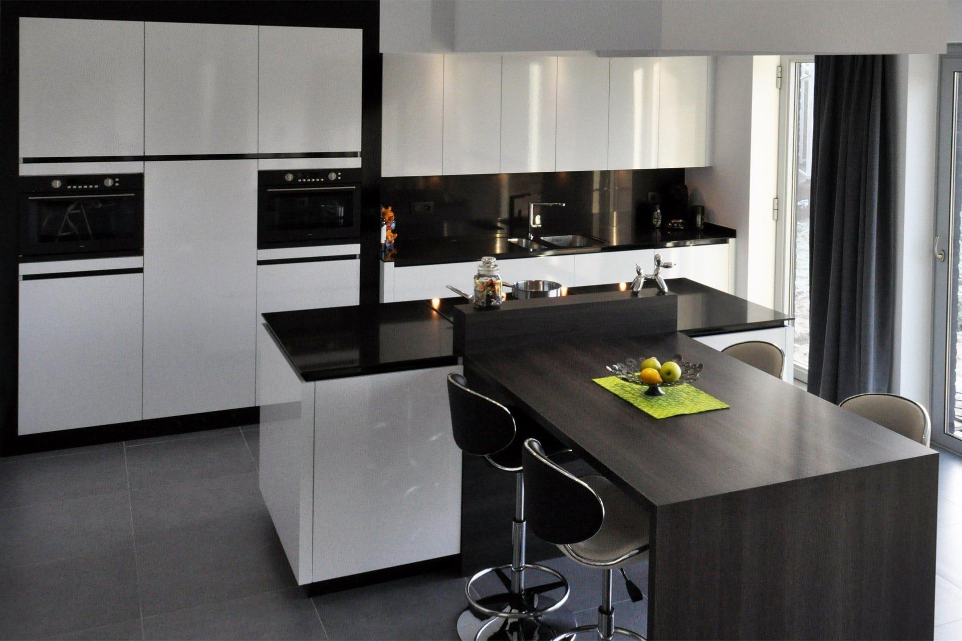Modern Zwart Keuken : Keuken dw ilwa
